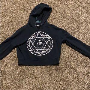 LA HEARTS Black cropped hoodie